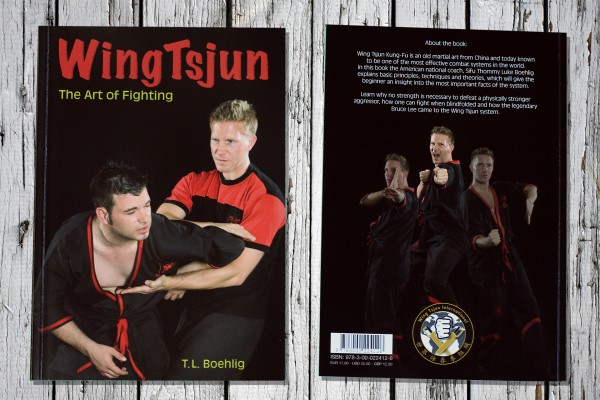 "Book ""The Art of Fighting"""
